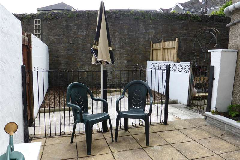 2 Bedrooms Terraced House for sale in 255 New Road, Skewen, Neath