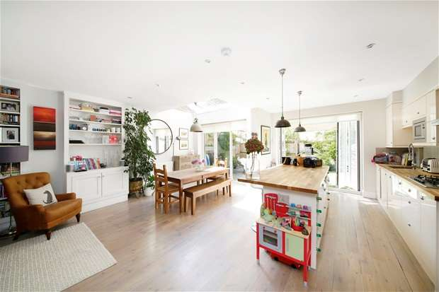 4 Bedrooms Semi Detached House for sale in Ivydale Road, Nunhead