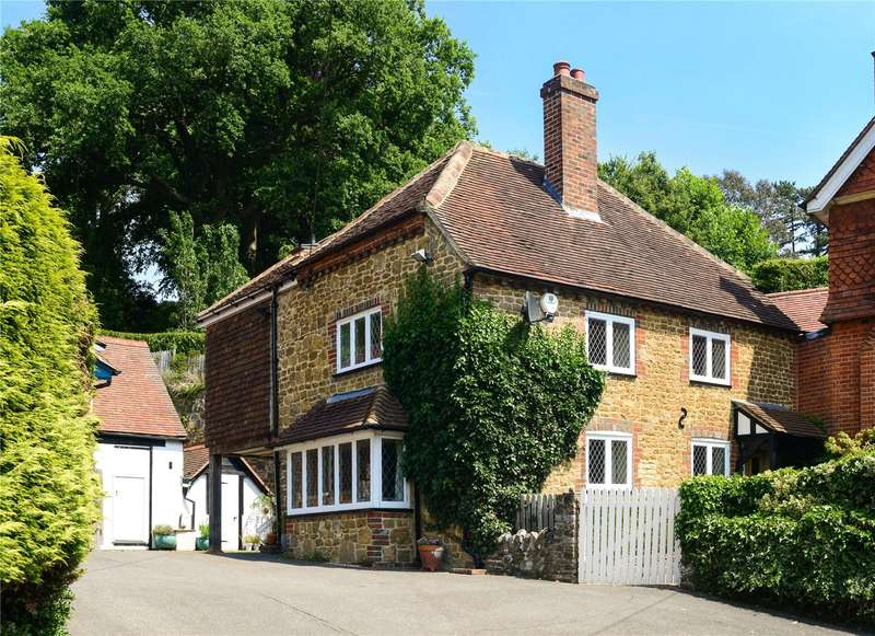 4 Bedrooms Semi Detached House for sale in Malthouse Lane, Hambledon, Godalming, Surrey, GU8