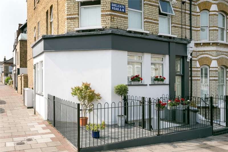 3 Bedrooms Flat for sale in Shelgate Road, London, SW11