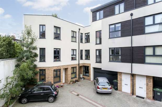 3 Bedrooms Town House for sale in Audora Court, The Campsbourne, Hornsey, N8