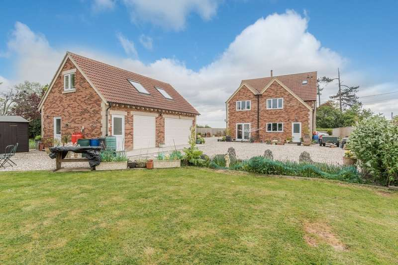6 Bedrooms Detached House for sale in Near Malmesbury