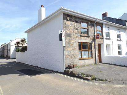 3 Bedrooms End Of Terrace House for sale in Camborne, Cornwall, Uk