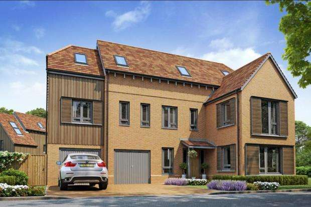 5 Bedrooms Detached House for sale in Tuesley Lane, Godalming