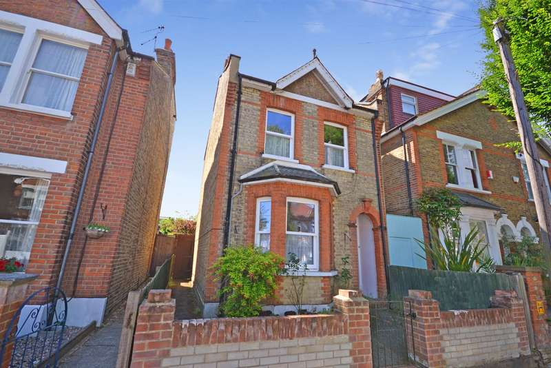 3 Bedrooms Semi Detached House for sale in Teddington