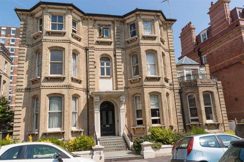 2 Bedrooms Flat for sale in Third Avenue, Hove