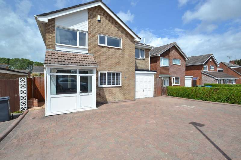 5 Bedrooms Detached House for sale in Canford Heath