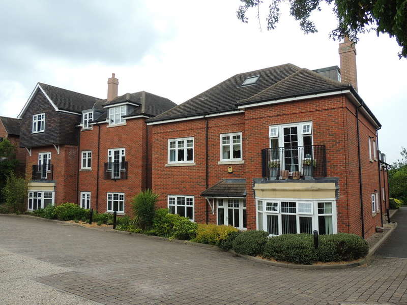 2 Bedrooms Flat for sale in Station Road, Knowle, Solihull