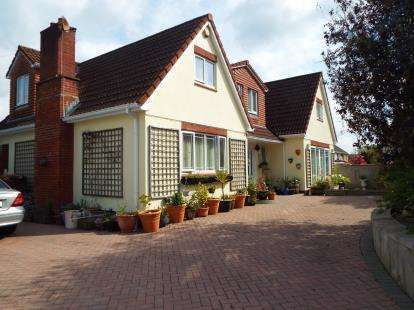 6 Bedrooms Detached House for sale in Plympton, Plymouth, Devon