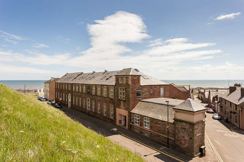 2 Bedrooms Duplex Flat for sale in Hill Road, Arbroath, Angus, DD11 1BF