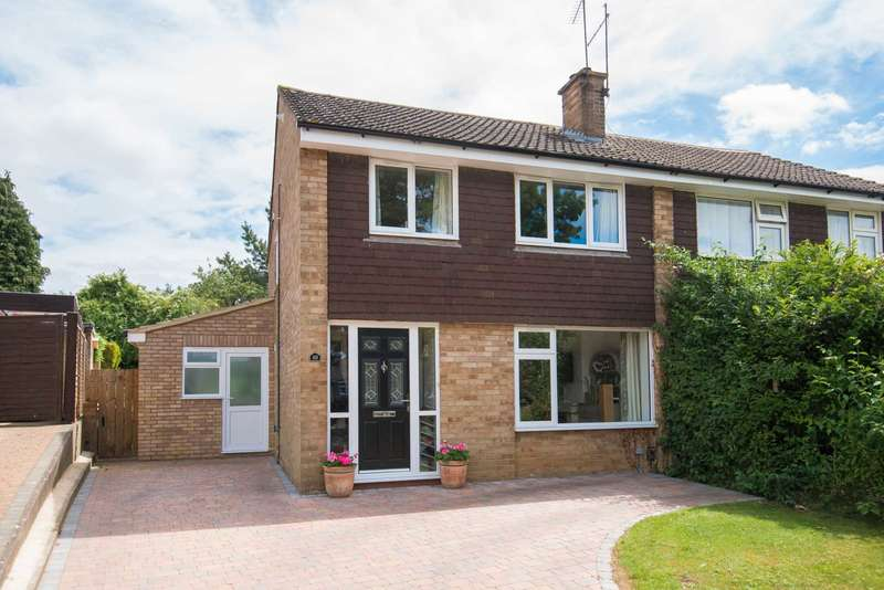 3 Bedrooms Semi Detached House for sale in Normandy Drive, Berkhamsted