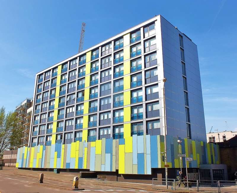 Studio Flat for sale in Trident House, Station Road, Hayes, Middlesex, UB3 4FP