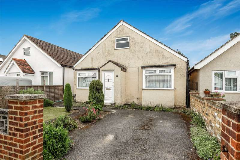 3 Bedrooms Bungalow for sale in Pield Heath Avenue, Hillingdon, Middlesex, UB8