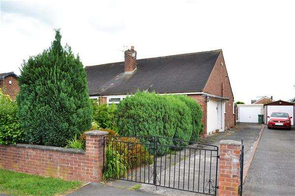 2 Bedrooms Semi Detached Bungalow for sale in Landside, Pennington, Leigh