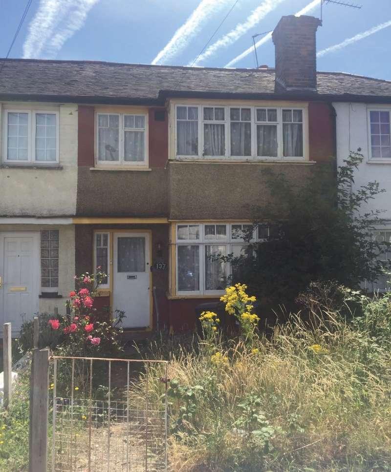 3 Bedrooms Terraced House for sale in Charlton Road, Edmonton, London, N9 8HL