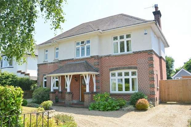 4 Bedrooms Detached House for sale in Albemarle Road, Bournemouth, Dorset