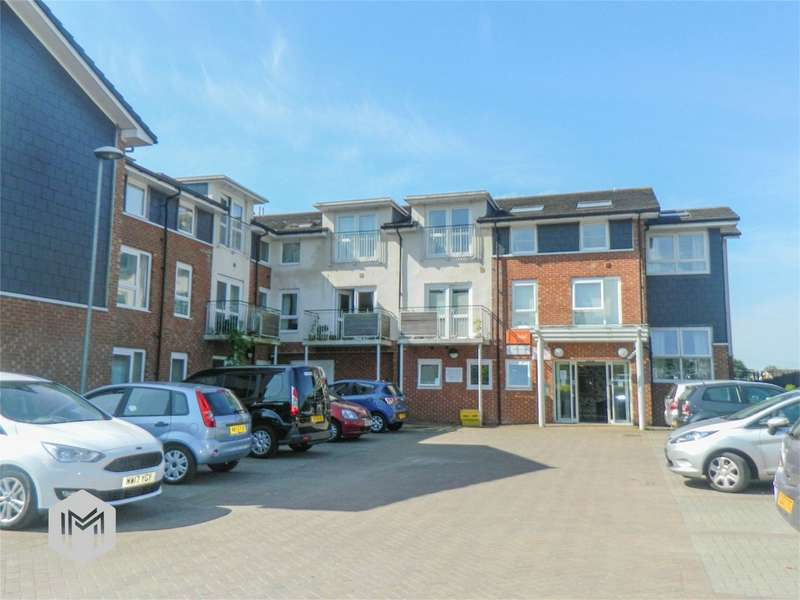 2 Bedrooms Flat for sale in Manor Gardens, Hough Fold Way, Harwood, Bolton, Lancashire
