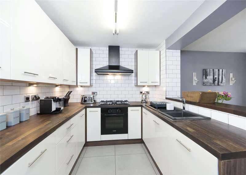 4 Bedrooms Detached House for sale in St. James Mews, Leeds, West Yorkshire, LS12