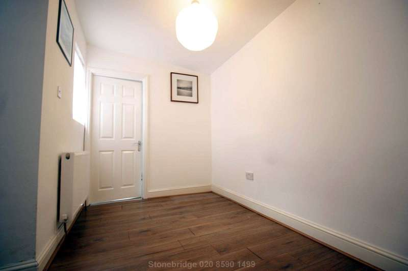 1 Bedroom Flat for sale in Elizabeth Road, East Ham, E6