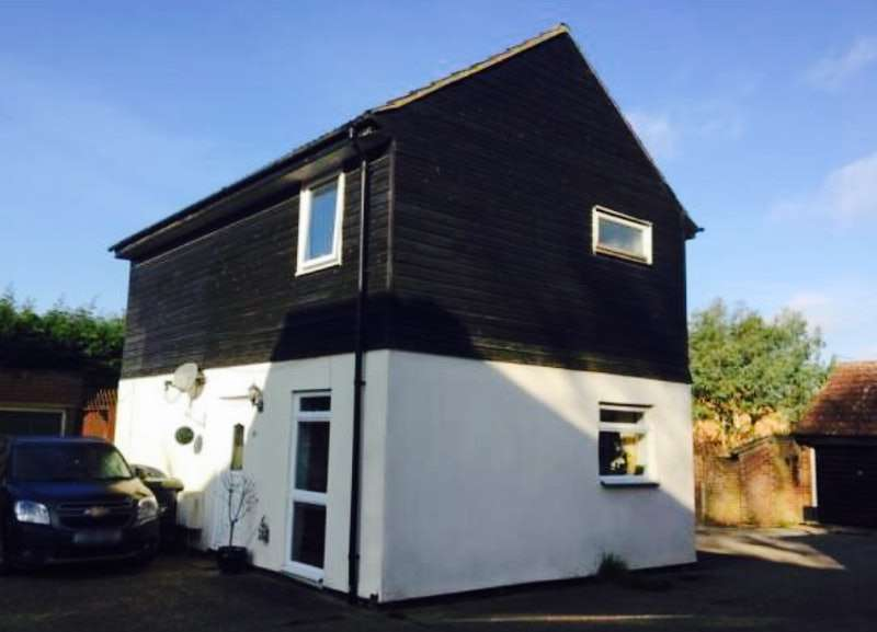 3 Bedrooms Detached House for sale in Oziers, Elsenham, Hertfordshire, CM22