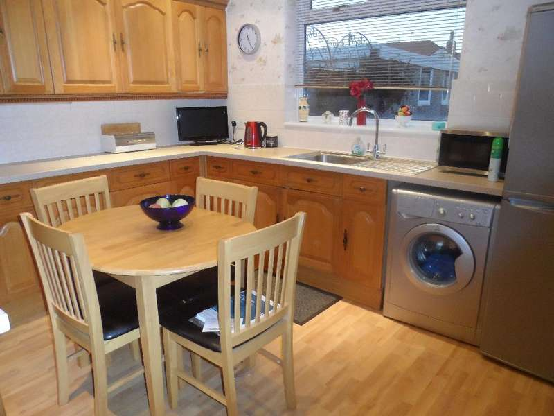 2 Bedrooms Property for sale in 11a, Thornton-Cleveleys, FY5 2NS
