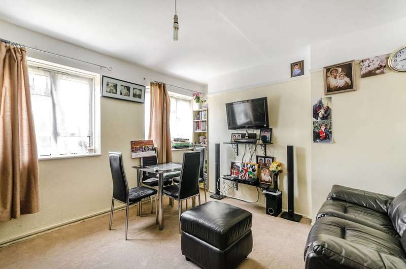 2 Bedrooms Flat for sale in Glazebrook Close, West Dulwich, SE21