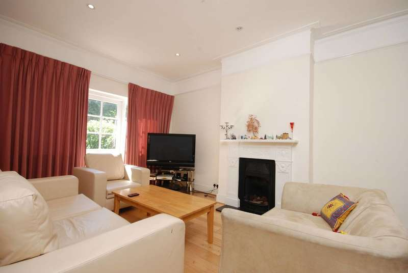 3 Bedrooms House for sale in Ethelbert Road, Wimbledon, SW20