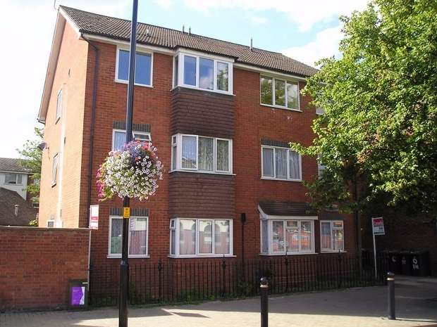 2 Bedrooms Flat for rent in North Street, Leighton Buzzard, Bedfordshire