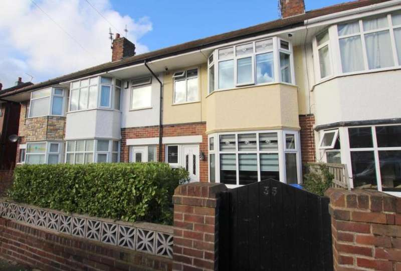 3 Bedrooms Terraced House for sale in Baines Avenue, Blackpool, Lancashire, FY3 7LA