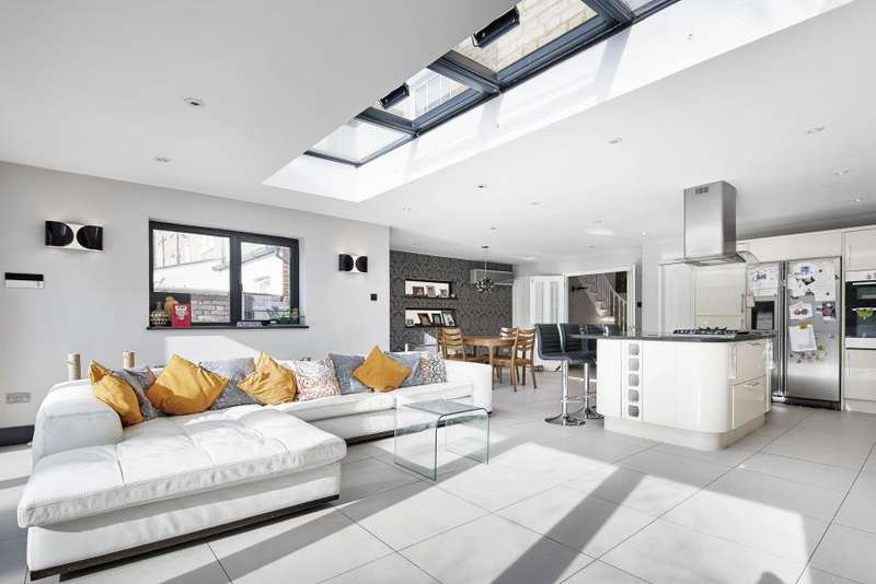 5 Bedrooms House for sale in Ritherdon Road, Heaver Estate, SW17