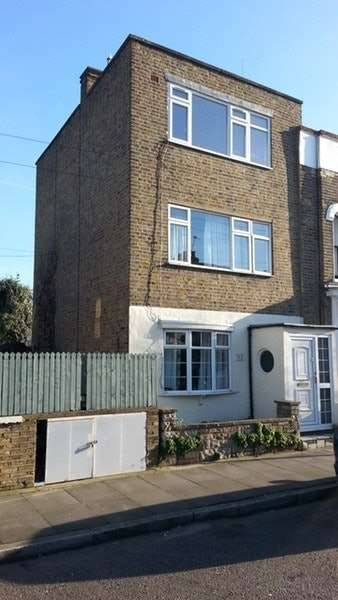 3 Bedrooms Town House for sale in Lyal Road, London, London, E3