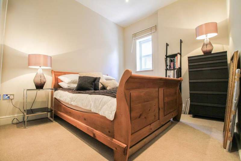 1 Bedroom Apartment Flat for sale in Berrylands Road, Surbiton