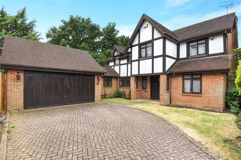 5 Bedrooms Detached House for sale in Woodward Gardens, Stanmore, Middlesex, HA7