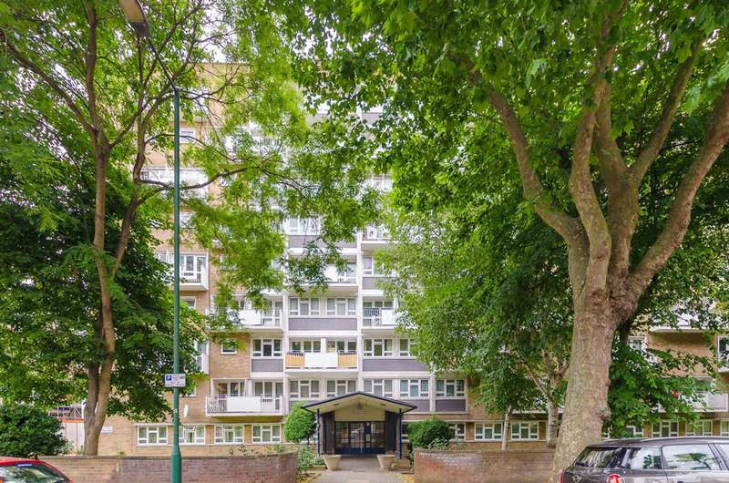 2 Bedrooms Maisonette Flat for sale in Winchester Avenue, Queen's Park, NW6