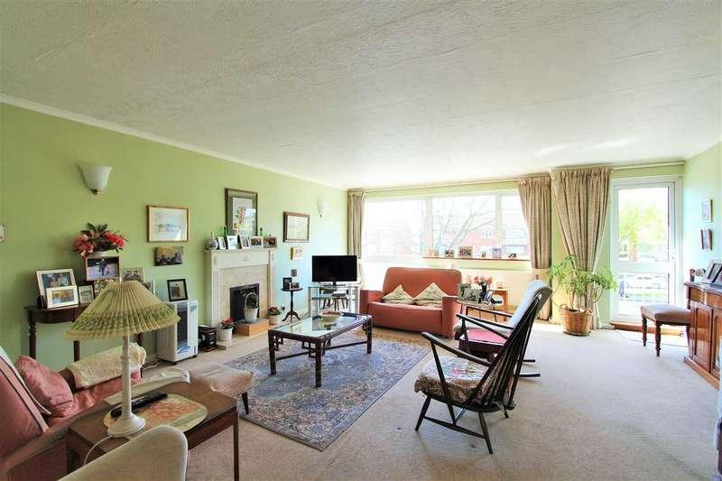 2 Bedrooms Apartment Flat for sale in Garden Court, Marsh Lane, Stanmore