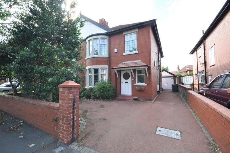 4 Bedrooms Semi Detached House for rent in Kenilworth Road, St Annes, Lytham St Annes, Lancashire, FY8 1TZ