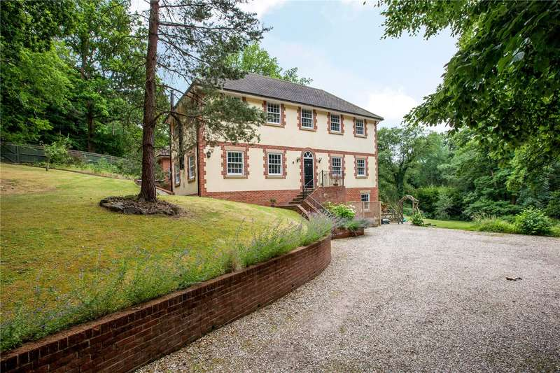 5 Bedrooms Detached House for sale in Slanting Hill, Hermitage, Thatcham, Berkshire, RG18