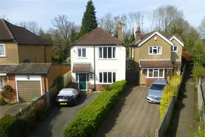 3 Bedrooms Detached House for sale in Deepdene Avenue Road, Dorking, Surrey, RH4
