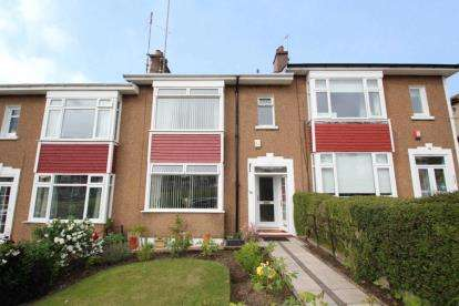 3 Bedrooms Terraced House for sale in Sunnyside Drive, Clarkston, East Renfrewshire