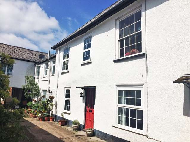 2 Bedrooms Cottage House for sale in 1 Central Place, Honiton