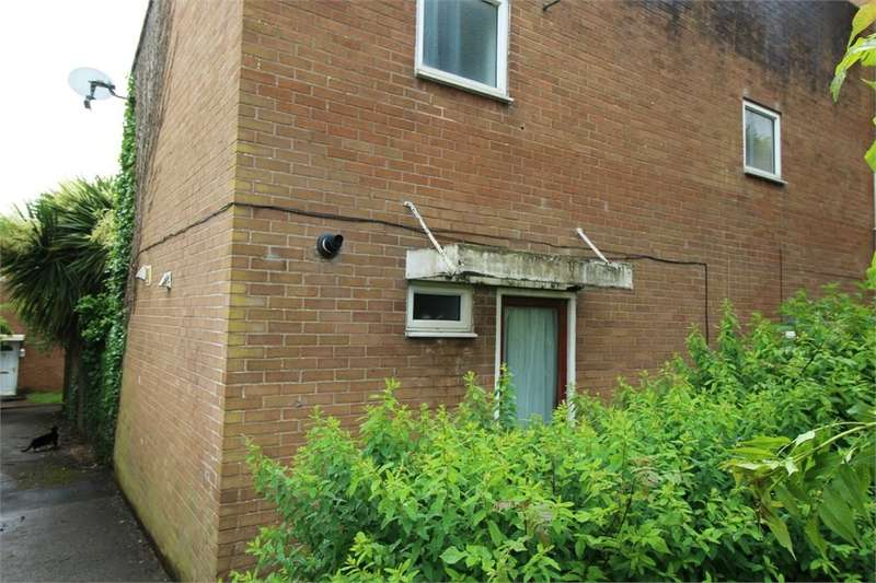 3 Bedrooms Terraced House for sale in Bowleaze, Greenmeadow, CWMBRAN, NP44