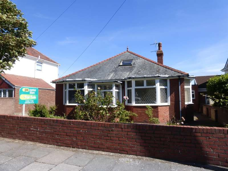3 Bedrooms Semi Detached Bungalow for sale in Severn Road, Porthcawl