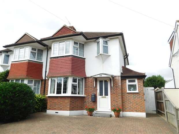3 Bedrooms Semi Detached House for sale in Rectory Lane, Long Ditton, Surbiton