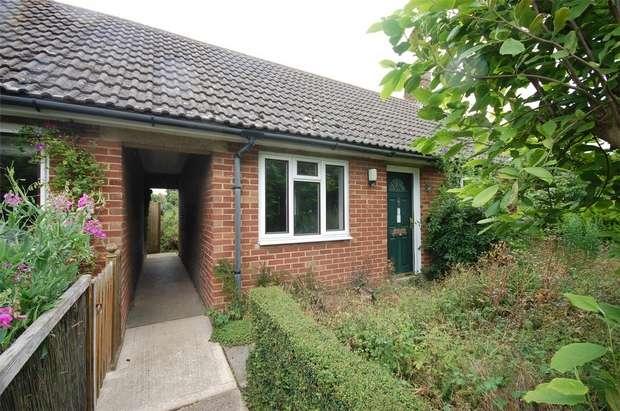 1 Bedroom Semi Detached Bungalow for sale in Waterperry Road, Worminghall, Buckinghamshire