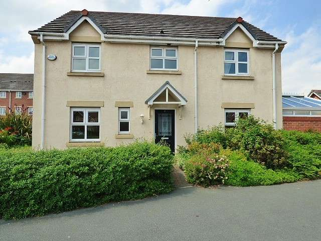 4 Bedrooms Detached House for sale in Lavender Gardens, Saxon Park, Warrington