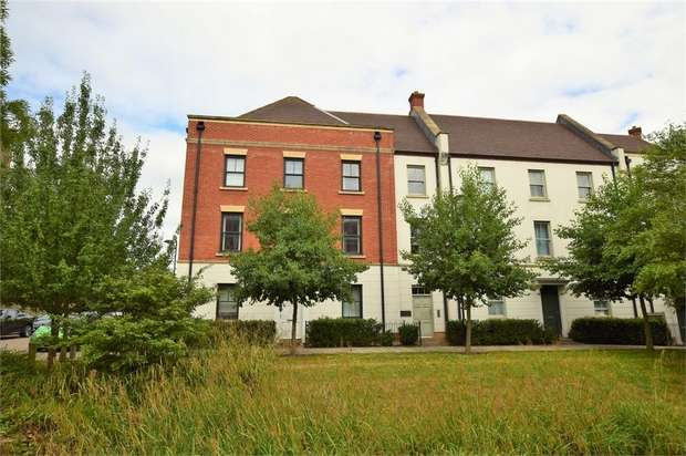 2 Bedrooms Flat for sale in Clickers Drive, UPTON, NORTHAMPTON