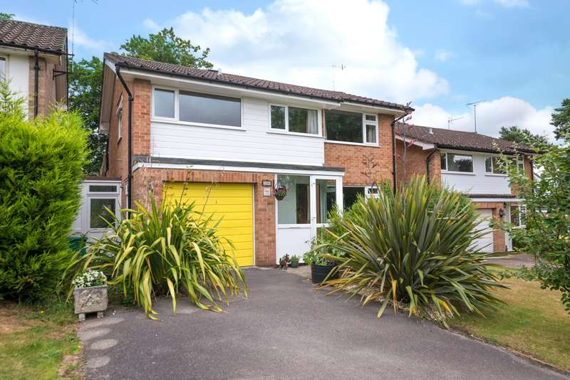 4 Bedrooms House for sale in Priory Drive, RH2