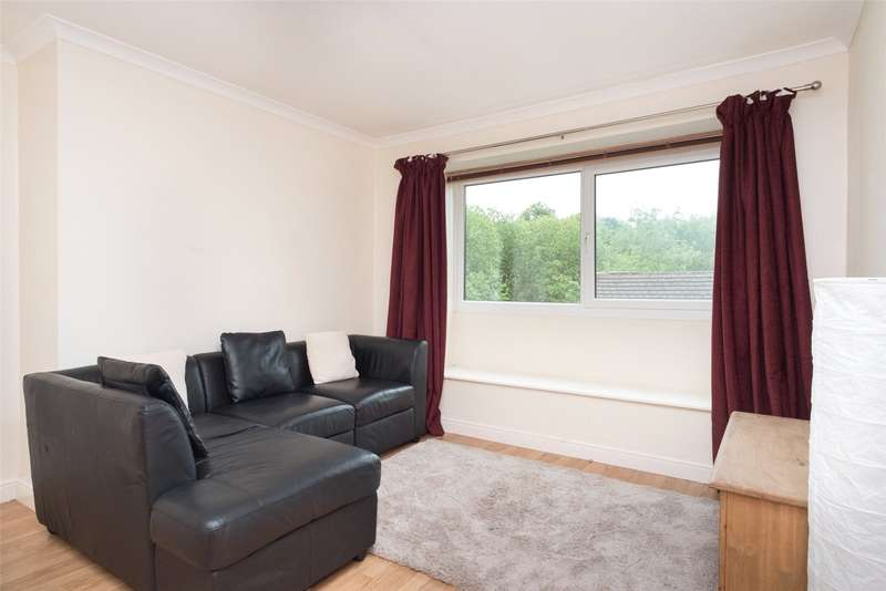 2 Bedrooms Flat for sale in Coppice Beck Court, Harrogate, North Yorkshire, HG1