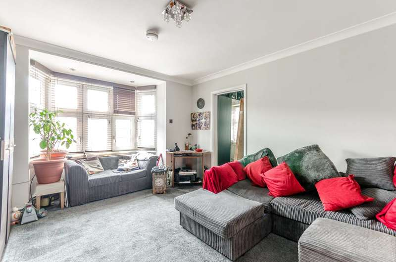 2 Bedrooms Flat for sale in Sutton Street, Shadwell, E1