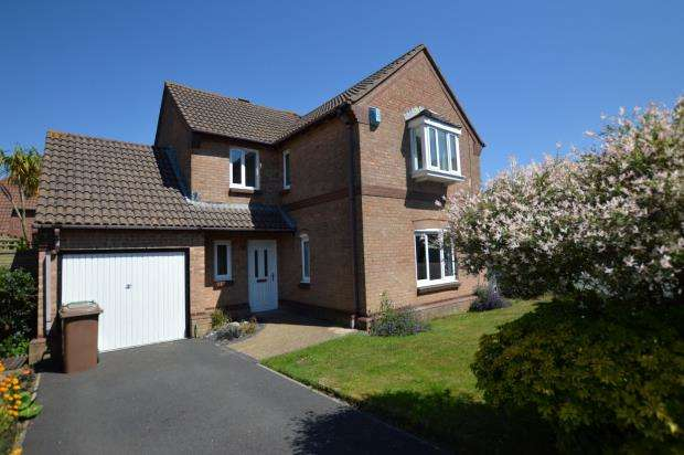 4 Bedrooms Detached House for sale in Barnfield Drive, Plymouth, Devon